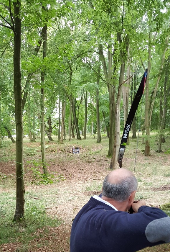 Robin Shooting a very long target on Sundays course